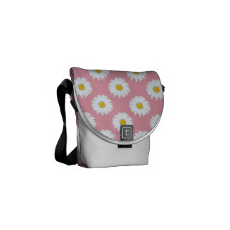 Daisies on Pink Messenger Bag