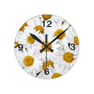 Daisies Round Clock