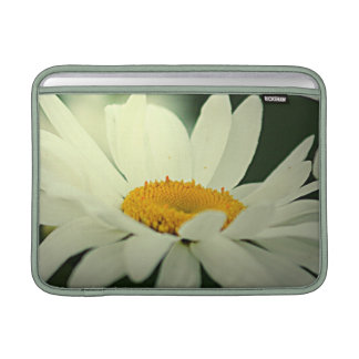 "Daisy 13"" MacBook Sleeve"