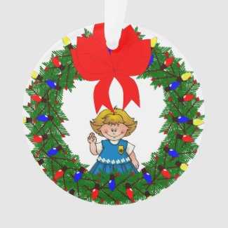 Daisy Blonde Hair Pine Wreath With Bow Ornament