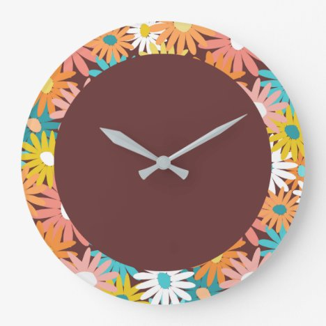 Daisy covered large clock