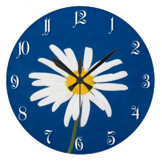 Daisy flower large clock