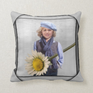 Daisy For My Mom Throw Pillow