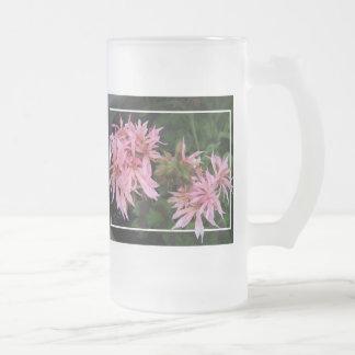 Daisy-like Geranium Mug
