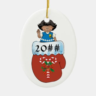 Daisy Mitten Dark Skin Ceramic Ornament