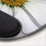 "Daisy Mouse Pad<br><div class=""desc"">White Daisy photo on gel mouse pad</div>"