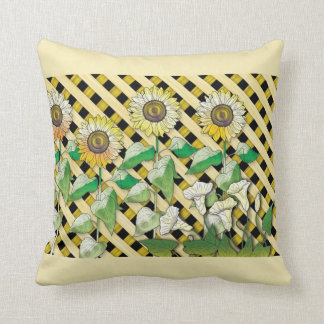 Daisy on Lattice Square Pillow