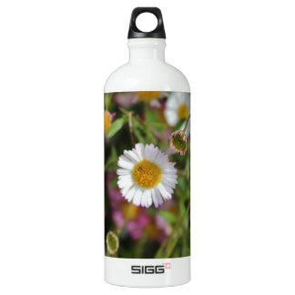 Daisy photo Flower photograph Floral design Water Bottle