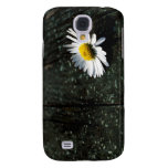 Daisy Resting on Old Wooden Planks Galaxy S4 Case