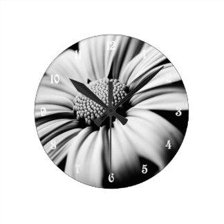 Daisy Round Clock