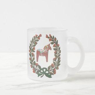 Dala Horse Wreath Frosted Glass Coffee Mug