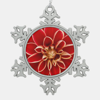 Dalia roja adornos