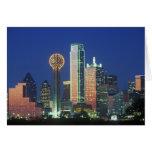'Dallas, horizonte de TX en la noche con la reunió Tarjeta De Felicitación