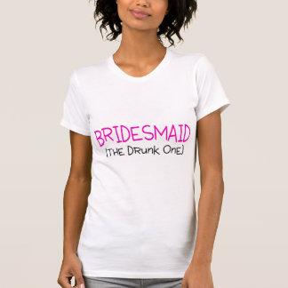 Dama de honor la borracha camiseta