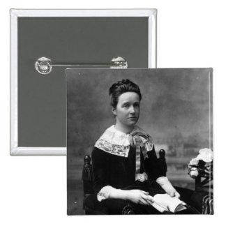 Dama Millicent Fawcett, c.1880 Pin Cuadrado