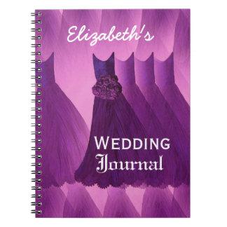 Damas de honor púrpuras que casan el diario del pl note book