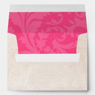 damasco blanco del sobre 5x7 fuera del Dama rosado