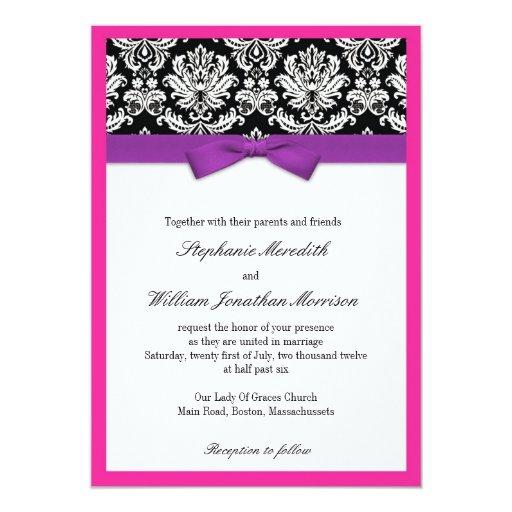 Damasco con la invitación púrpura y rosada del