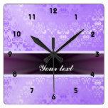 Damasco de la lila con la cinta reloj