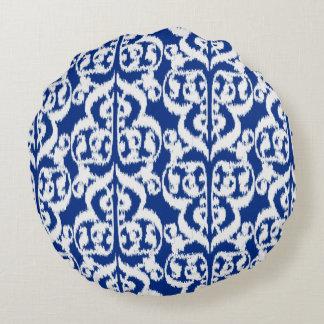 Damasco del Moorish de Ikat - azul y blanco de Cojín Redondo