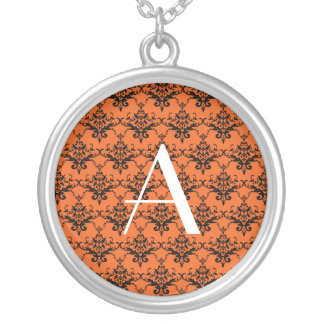 Damasco del naranja del monograma collares