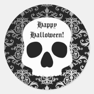 Damasco elegante y cráneo blanco Halloween Etiquetas Redondas