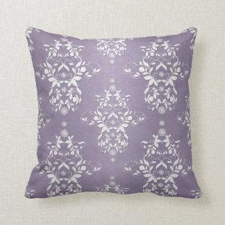 Damasco floral Amethyst de la lavanda Cojín Decorativo