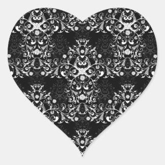 Damasco floral blanco y negro complejo pegatina corazón