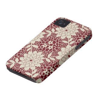 damasco floral del enrejado de la nata de Borgoña Case-Mate iPhone 4 Protector