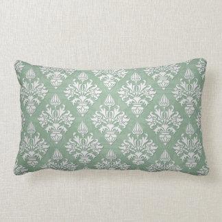 Damasco floral del verde salvia y blanco cojin