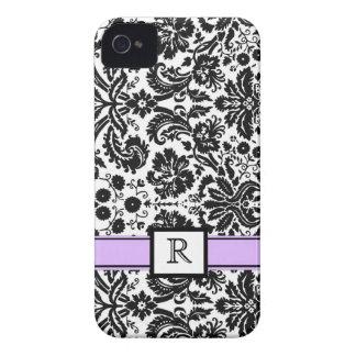 Damasco floral negro púrpura de encargo del monogr iPhone 4 Case-Mate cárcasas