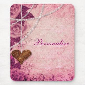 Damasco, perlas, corazón y rosas rosados Mousepad
