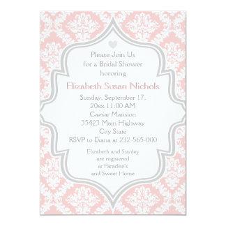 Damasco rosado, blanco, gris que casa la ducha invitación 12,7 x 17,8 cm
