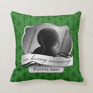 "Damasco verde ""en memoria cariñosa"" en Memoriam Almohada"