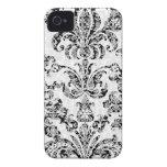 Damascos florales negros y blancos iPhone 4 cárcasa