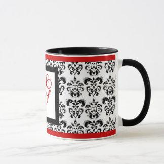 DAMASK MONOGRAM, red Mug