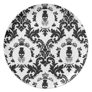Damask Pattern with Skull Cameo Plate