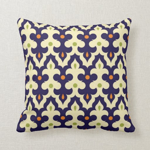 Damask Spring arabesque Moroccan pattern preppy Throw Pillow