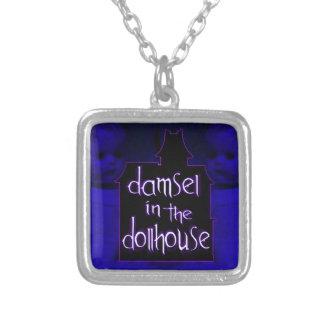 Damisela en el collar del Dollhouse (azul/púrpura)