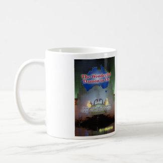 Damon maravilloso en la onza taza de café