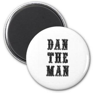 Dan el hombre imán redondo 5 cm
