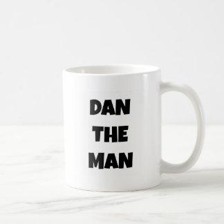 Dan el hombre taza básica blanca