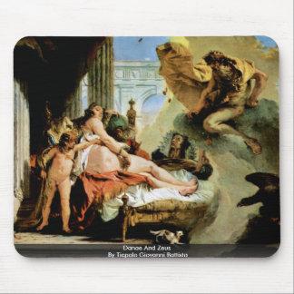Danae And Zeus By Tiepolo Giovanni Battista Mouse Pad