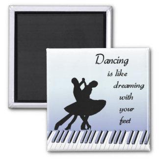 Dancing magnet