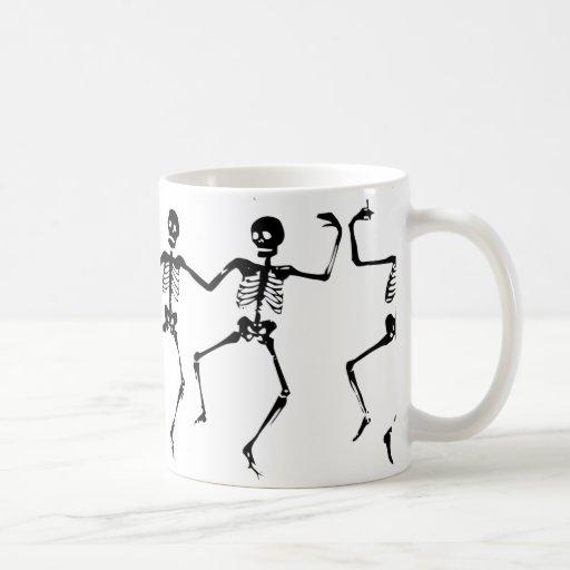Dancing Skeletons. MB. Taza De Café