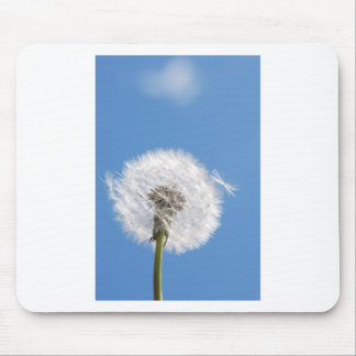 Dandelion seed mouse pad