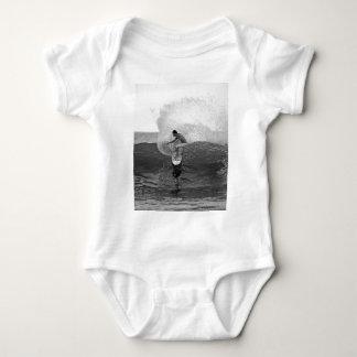 Danés Reynolds de la persona que practica surf que T-shirt