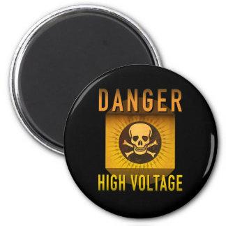 Danger High Voltage Retro Atomic Age Grunge : Magnet
