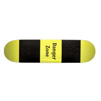 "Danger Zone - 7 3/4"" Deck Skateboard"