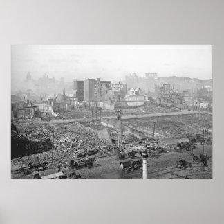 Daño 1906 del terremoto a Nob Hill en San Francisc Posters